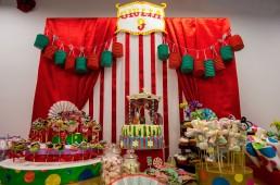 festa circo sweet table